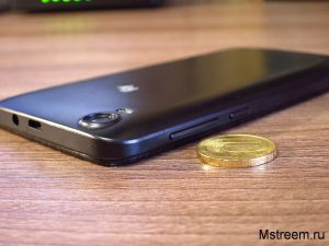 Толщина смартфона Fly FS508