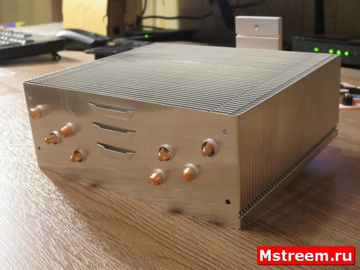 Ориентированный радиатор кулера  Arctic Freezer 33