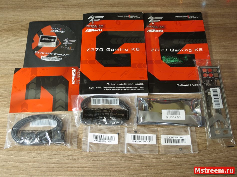 Комплект поставки материнской платы ASrock Fatal1ty Z370 Gaming K6