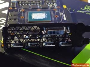 Видеовыходы видеокарты Inno3D GTX 1070ti iChill X3