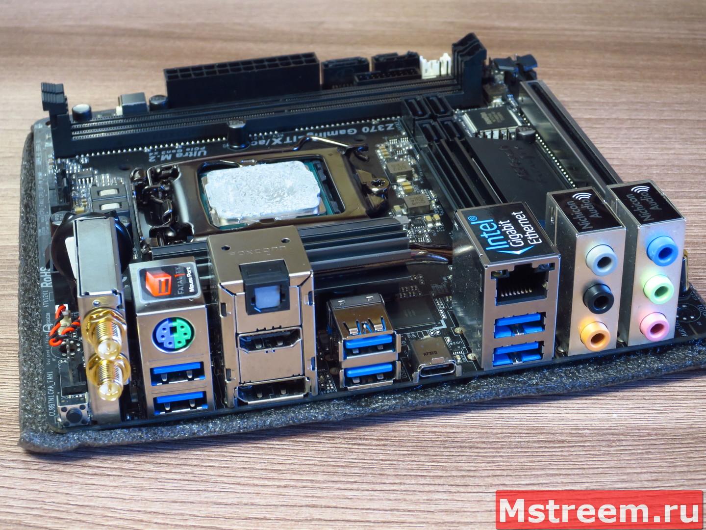 Порты ввода/вывода материнской платы ASRock Fatal1ty Z370 Gaming-ITX/ac