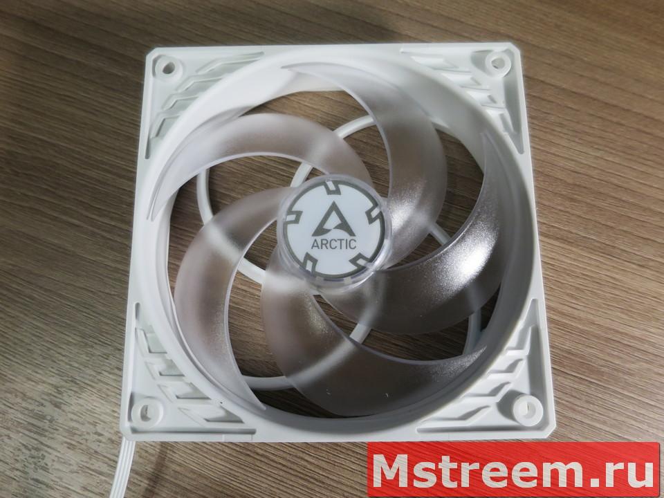 Обзор корпусного вентилятора Arctic P12 PWM PST