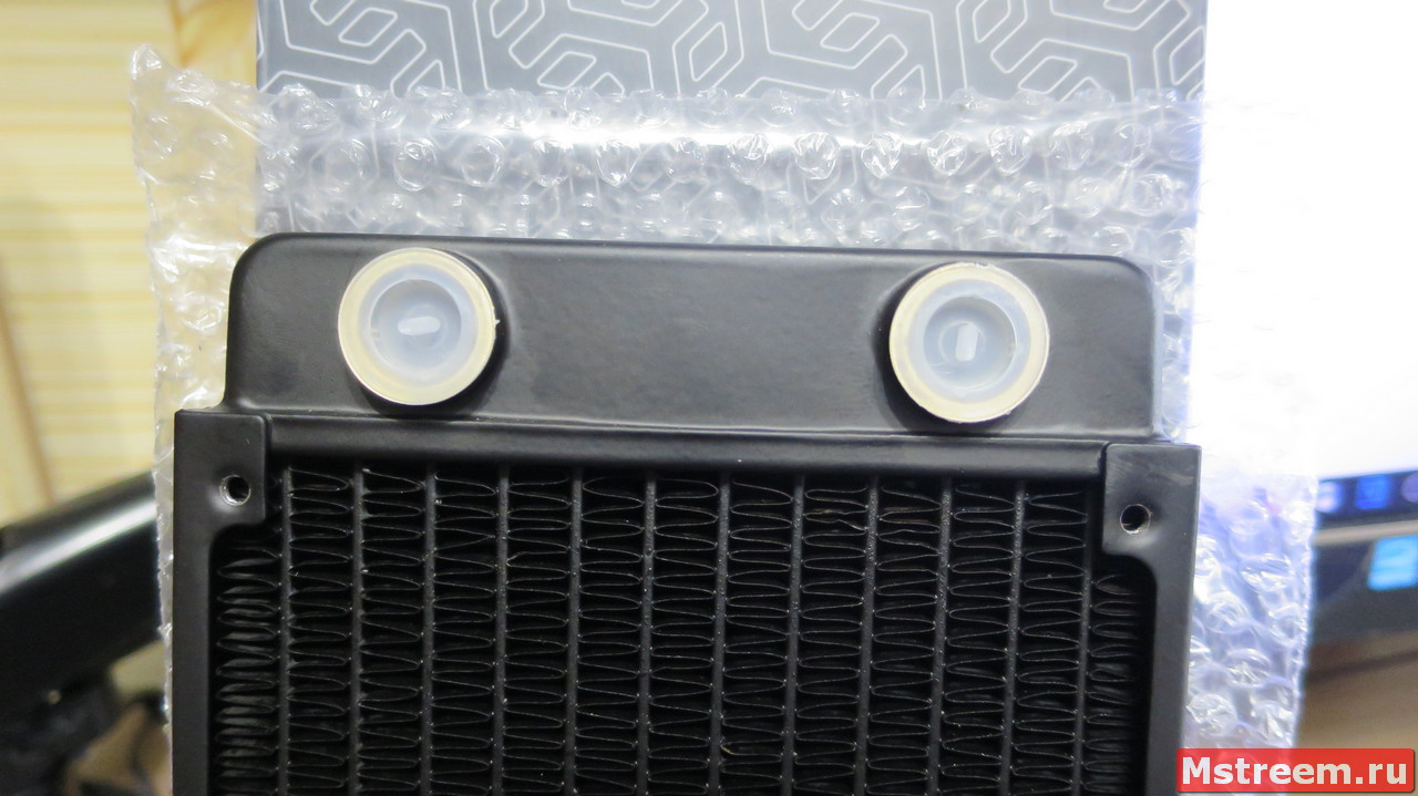 Радиатор для водяной системы охлаждения компьютера EK-CoolStream Classic SE 240