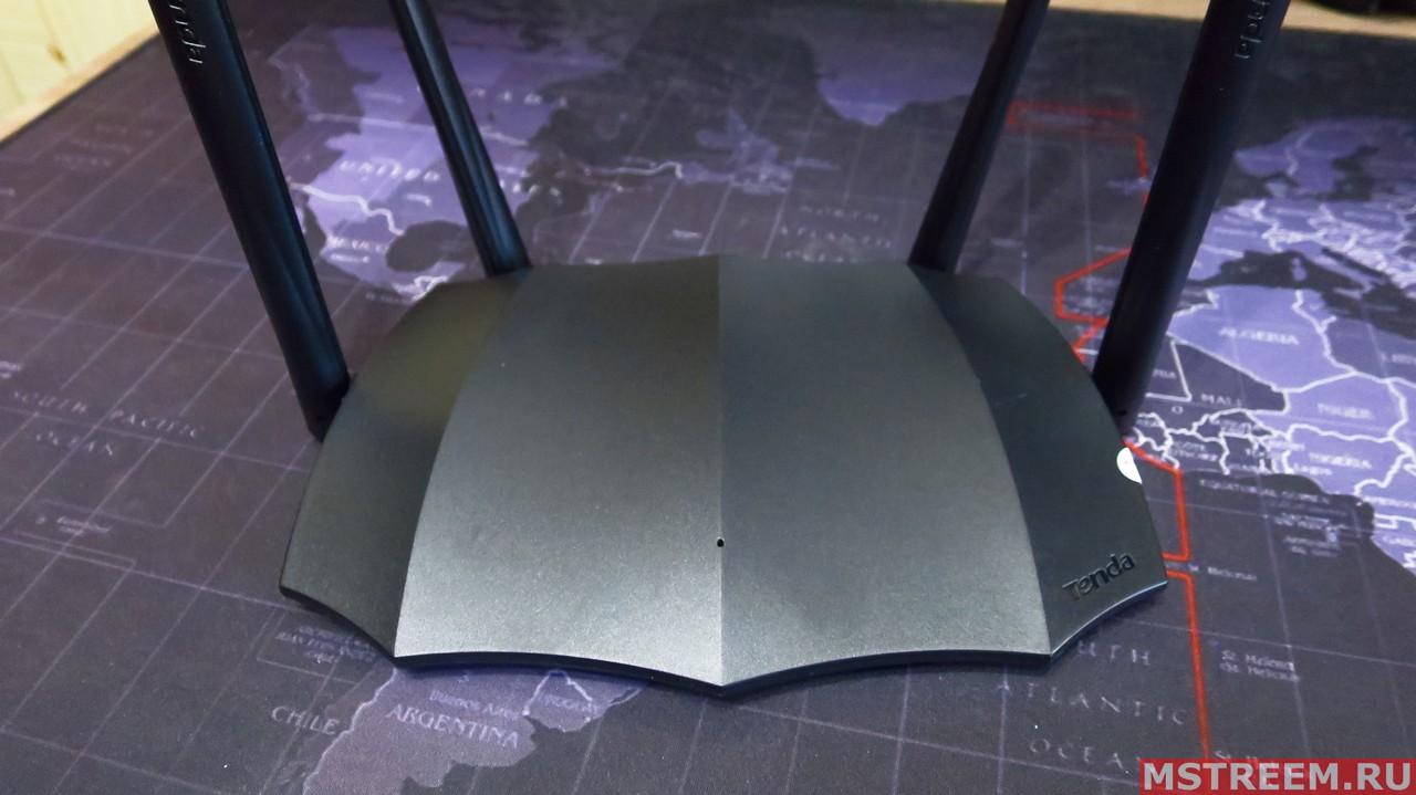 Дизайн маршрутизатора Tenda AC8